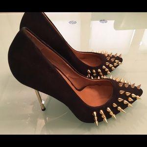 Penny Sue -gold spike Heels